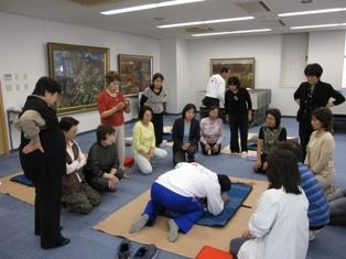10月例会「AED(自動体外式除細動器)講習会」